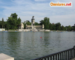Visitare lago del Parco del Buen Retiro