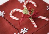 bastoncini di zucchero come segnaposto di Natale